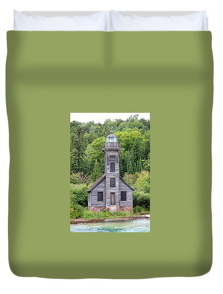 Duvet Cover featuring the photograph Grand Island East Channel Lighthouse #6554 by Mark J Seefeldt