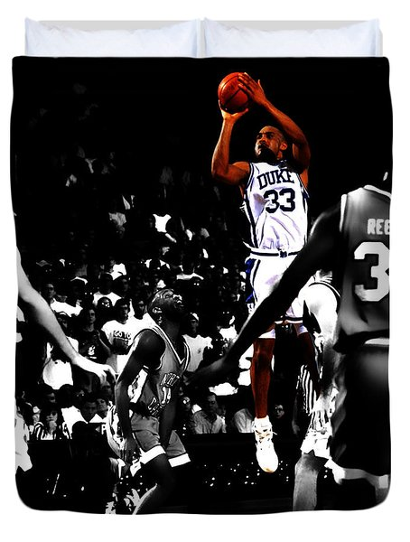 Duvet Cover featuring the digital art Grant Hill 2b by Brian Reaves