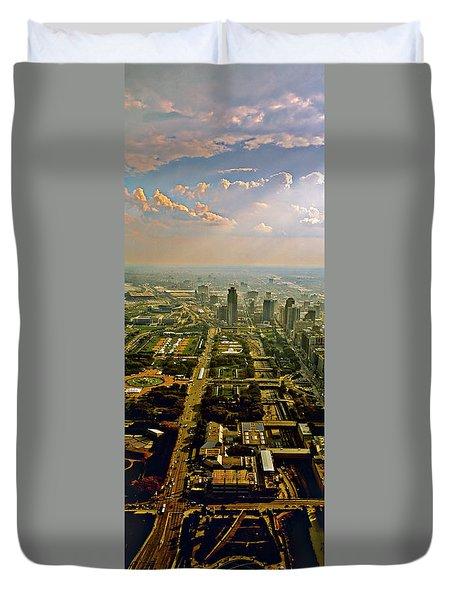 Grant Park  Aon Building Chicago Duvet Cover
