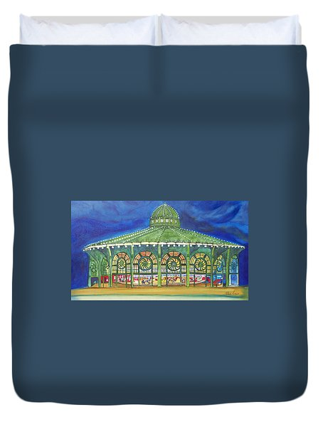 Grasping The Memories Duvet Cover