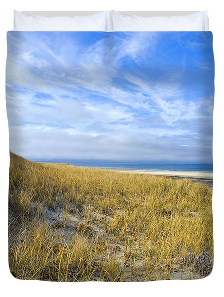 Grassy Sand Dunes Overlooking The Beach Duvet Cover