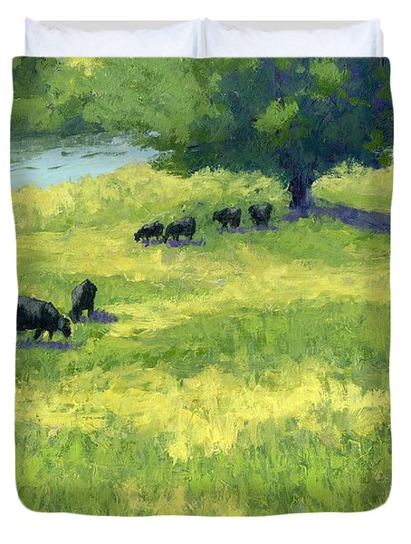 Grazing By The Bear River Duvet Cover