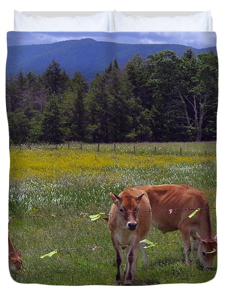 Grazing In The Pasture Duvet Cover