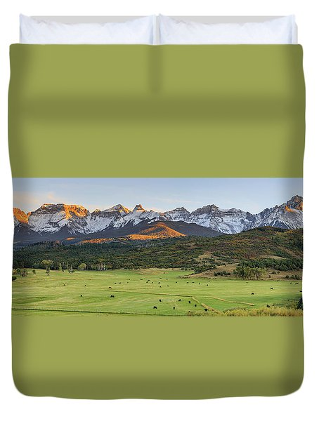 Grazing Under Sneffels Duvet Cover