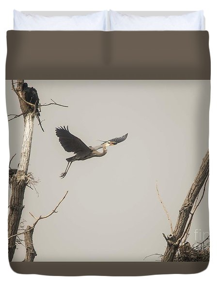 Duvet Cover featuring the photograph Great Blue Heron - 6 by David Bearden