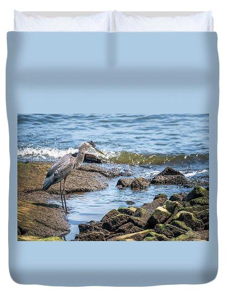 Great Blue Heron Fishing On The Chesapeake Bay Duvet Cover