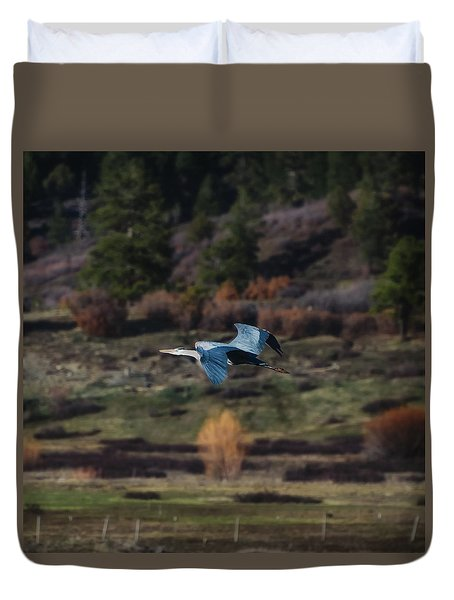 Great Blue Heron In Flight II Duvet Cover