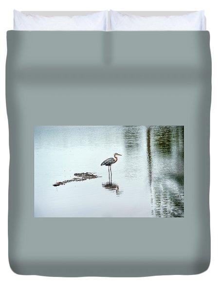 Great Blue Heron On Chesapeake Bay Pond Duvet Cover