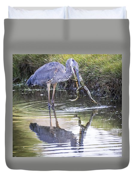 Great Blue Heron Vs Huge Frog Duvet Cover