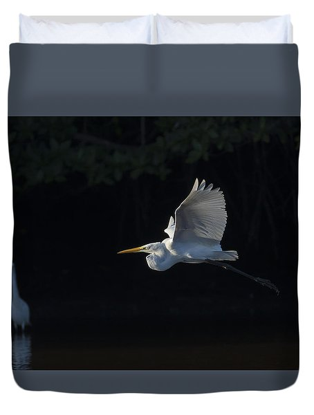 Great Egret In Morning Flight Duvet Cover