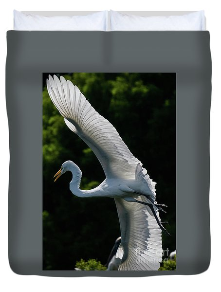 Great Egret's Wingspan Duvet Cover