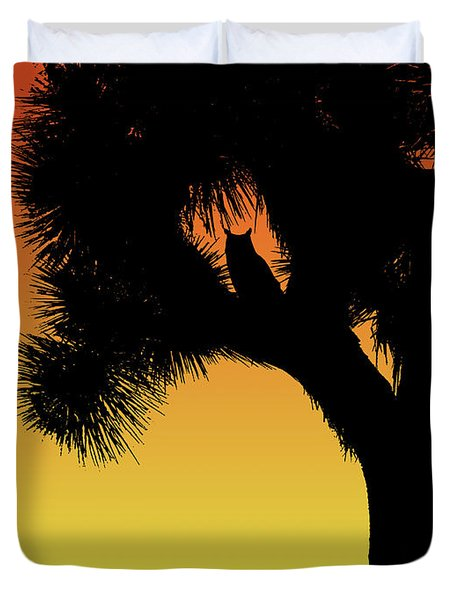 Great Horned Owl In A Joshua Tree Silhouette At Sunset Duvet Cover