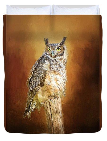 Great Horned Owl In Autumn Duvet Cover