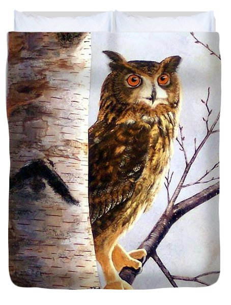 Great Horned Owl In Birch Duvet Cover