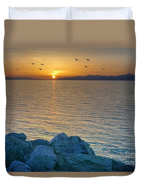 Great Salt Lake At Sunset Duvet Cover by Martin Konopacki