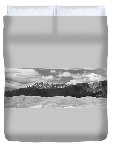 Great Sand Dunes Panorama 1 Bw Duvet Cover by James BO  Insogna