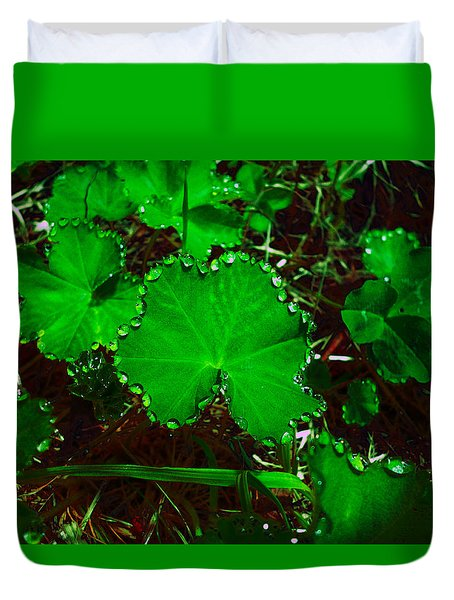 Green And Drops Duvet Cover