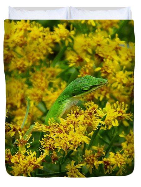 Green Anole Hiding In Golden Rod Duvet Cover