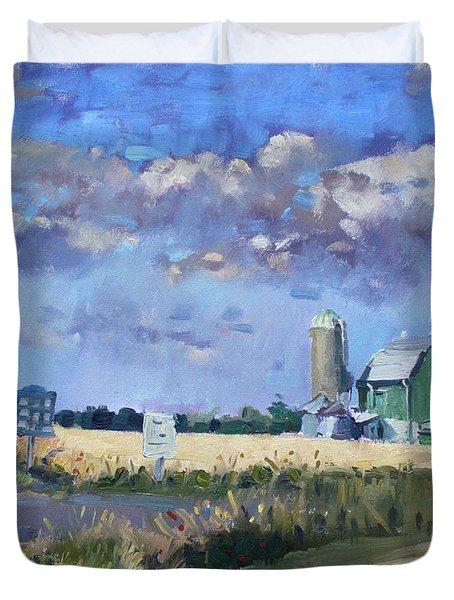 Green Barn In Glen Williams On Duvet Cover