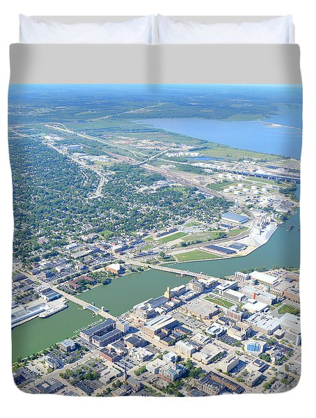 Duvet Cover featuring the photograph Green Bay Downtown by Bill Lang