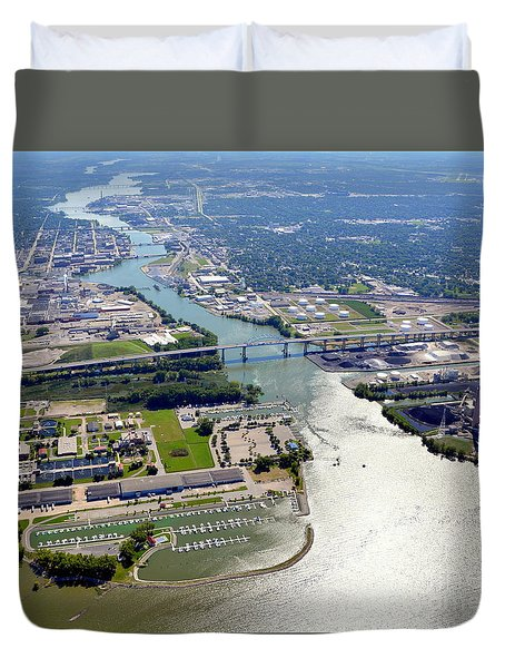 Duvet Cover featuring the photograph Green Bay Fox River South by Bill Lang