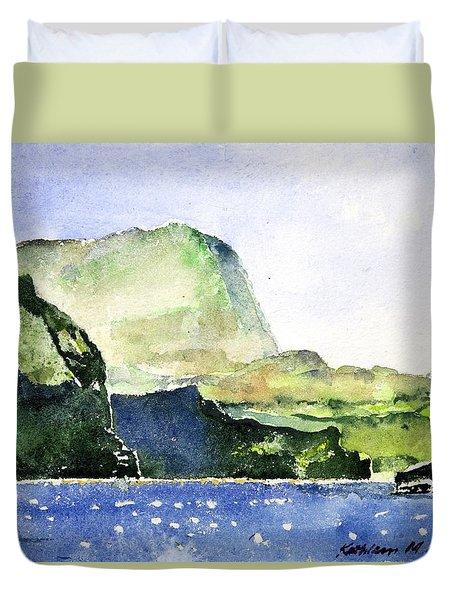 Green Cliffs And Sea Duvet Cover