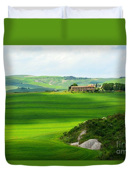 Green Escape In Tuscany Duvet Cover by Ramona Matei