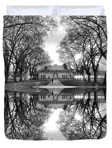 Green Lake Bathhouse Black And White Reflection Duvet Cover
