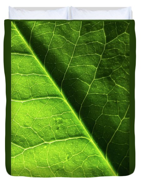 Duvet Cover featuring the photograph Green Leaf Veins by Ana V Ramirez
