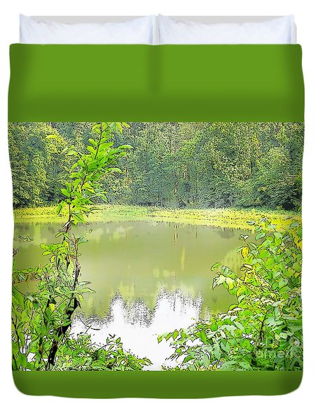 Green On Lake Duvet Cover