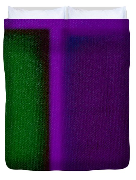 Green On Magenta Duvet Cover