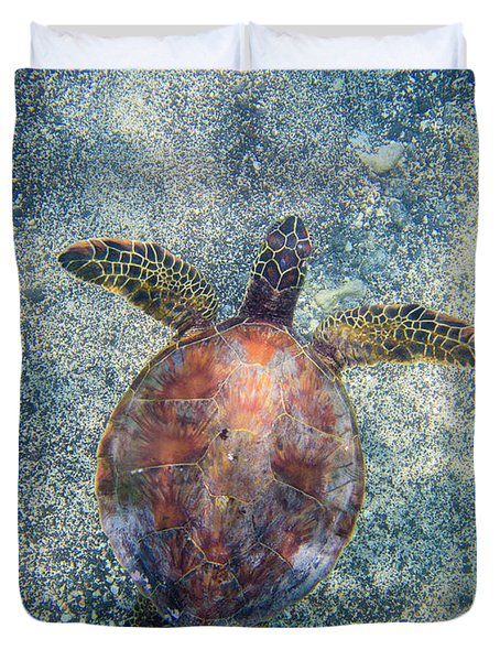 Green Sea Turtle From Above Duvet Cover