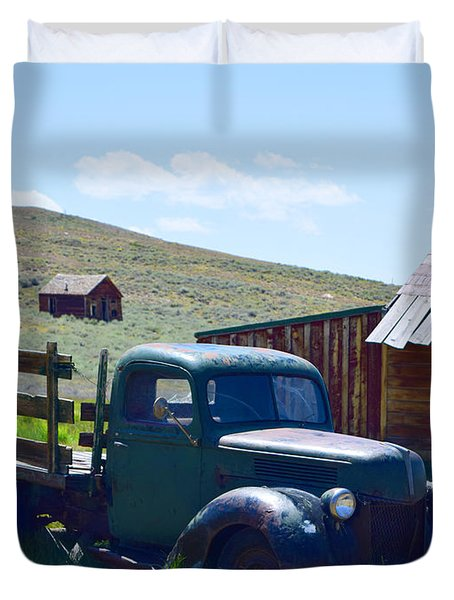 Green Truck, Yellow Rim #1 Duvet Cover
