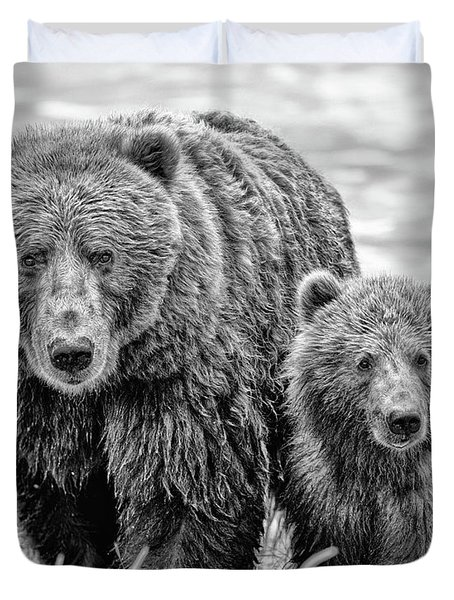 Duvet Cover featuring the photograph Grizzly Bear And Cub by Gigi Ebert