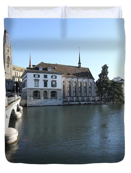 Grossmunster, Wasserkirche And Munsterbrucke - Zurich Duvet Cover