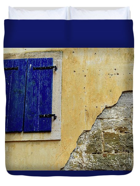 Groznjan Istrian Hill Town Stonework And Blue Shutters  - Istria, Croatia Duvet Cover