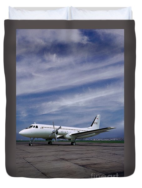 Grumman G-159 Gulfstream Patiently Waits, N719g Duvet Cover