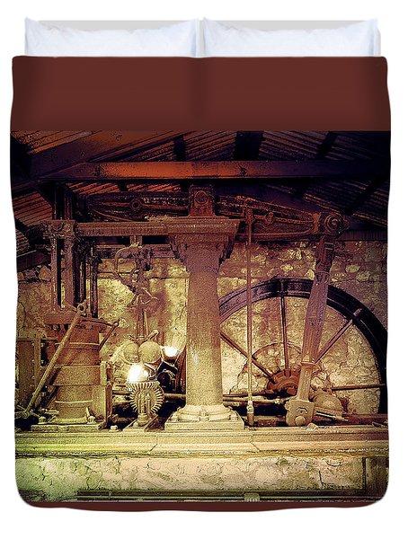 Grunge Cane Mill Duvet Cover
