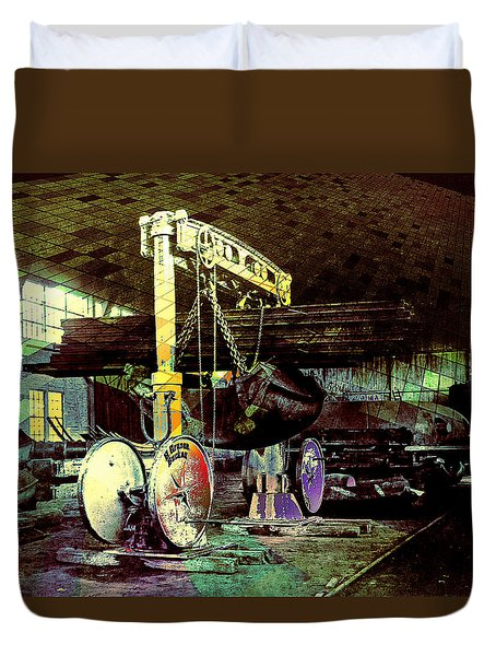 Duvet Cover featuring the photograph Grunge Hydraulic Lift by Robert G Kernodle
