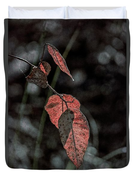 Duvet Cover featuring the photograph Grungy Leaves by Elaine Teague