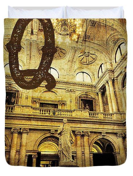 Grungy Melbourne Australia Alphabet Series Letter Q Queen Victor Duvet Cover