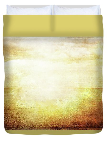 Grungy Vintage Image Of Sea And Sky In Sunlight Duvet Cover