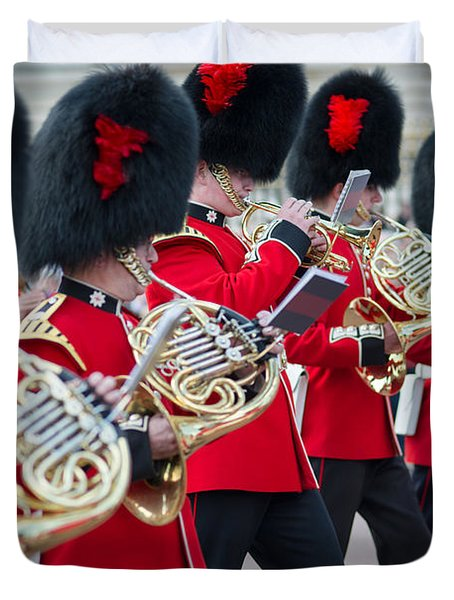 guards band at Buckingham palace Duvet Cover