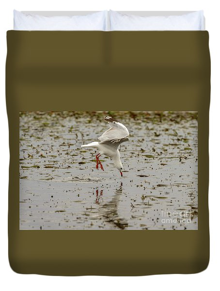 Gull Fishing 01 Duvet Cover