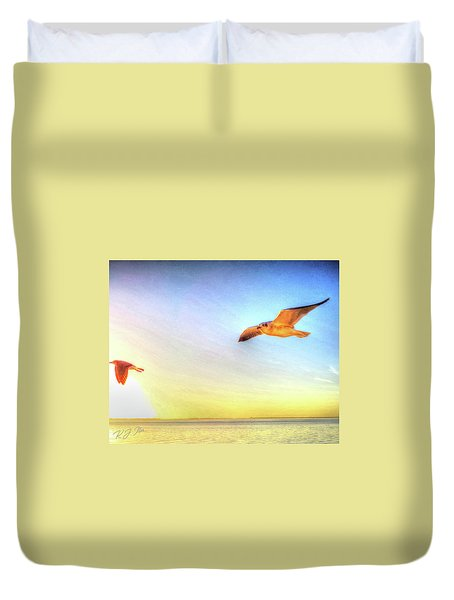Gull In Sky Duvet Cover
