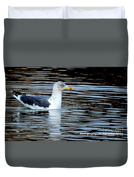 Gull On Winter's Pond  Duvet Cover