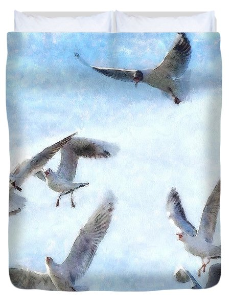 Gulls In Flight Watercolor Duvet Cover