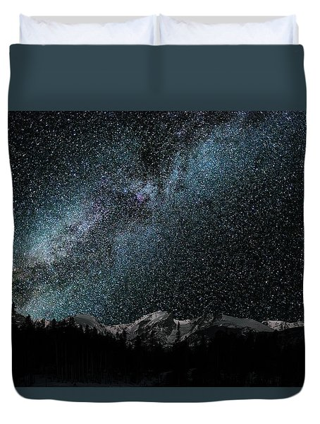 Duvet Cover featuring the photograph Hallet Peak - Milky Way by Gary Lengyel
