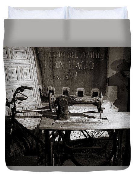 Halted Memories Duvet Cover