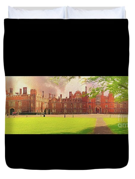 Hampton Court Palace Panorama Duvet Cover